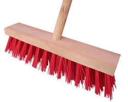 RED NYLON CLEANING BRUSH